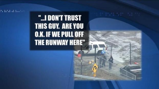 [PHI] AUDIO: Air Traffic Control Sees Jeep on Runway