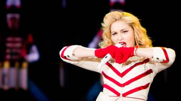 Madonna Rocks Madison Square Garden