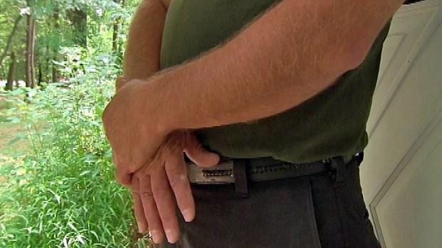 [PHI] Man Considered Hero After Stopping Gunman