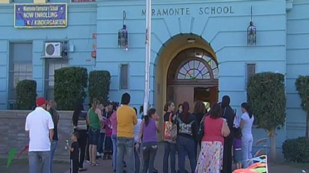 [LA] Miramonte Students Return to School