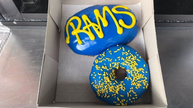 Photos: Randy's Donuts Goes Blue and Yellow for Rams' Super Bowl Bid