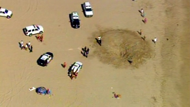 [LA] Teen Buried Alive at the Beach