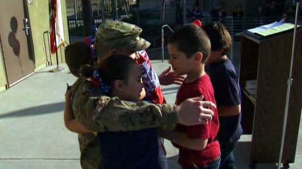 [LA] Soldier Surprises Nieces, Nephews at Riverside School