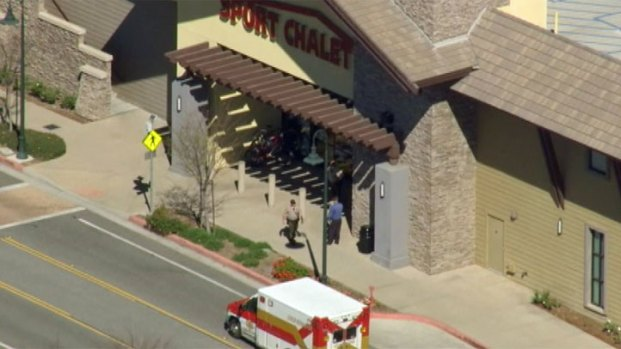 [LA] 2 Seriously Burned in Explosion at Sport Chalet