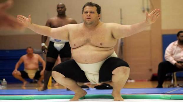 Images: Sumo Wrestler Turns Marathoner