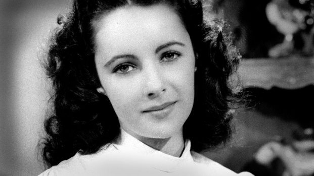 [NATL] Elizabeth Taylor's 1940s Mansion Available for Rent