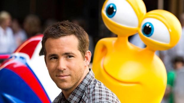 [NBCAH] Ryan Reynolds & Samuel L. Jackson Get Animated