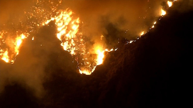 Brush fire erupts near Getty Center in Los Angeles