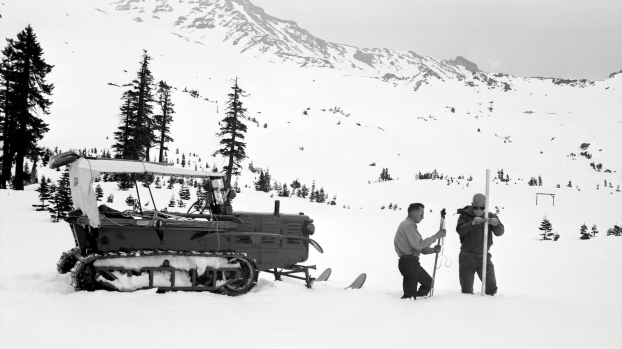 [LA GALLERY] California Snowpack Through the Years