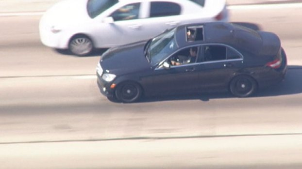 [LA] Raw Video: Mercedes Benz Driver Leads Police on Freeway Pursuit