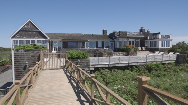 A Sprawling Home With the Beach as a Backyard