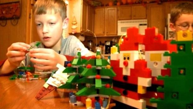 Christmas Spirit, Block by Block