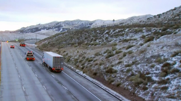 [LA] Cold Gusts, Ice Plague Drivers in Mountains