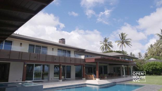 Oceanfront Living in Honolulu