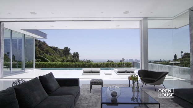 Famed Architect Paul McClean Shows an Architectural Beauty
