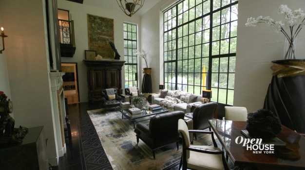 Home Tour: Ernest De La Torre's Clock House