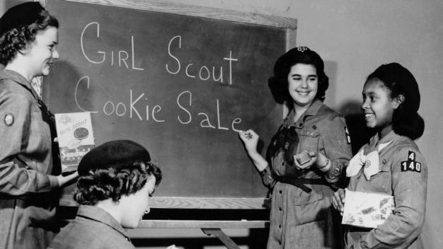 Happy 100th Birthday, Girl Scout Cookies!