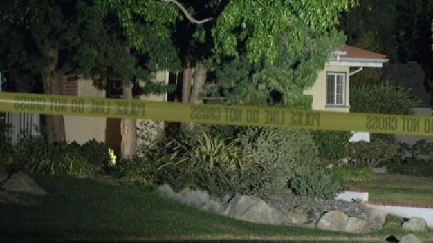Boyfriend Detained After Woman Found Dead in Car