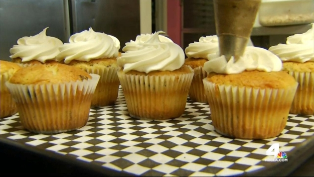 Woman Uses Bakery to Help Community