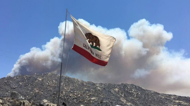 Firefighters Battling Largest 2016 Wildfires in California