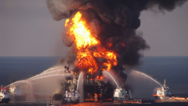 Woman Accused of Faking Will for Deepwater Horizon Survivor