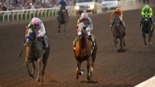 Arrogate Upsets California Chrome in Breeders' Cup Classic