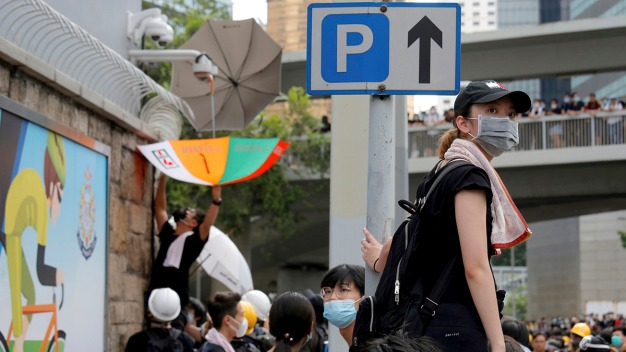 Hong Kong Protesters Deeply Fear Leaving a Digital Footprint