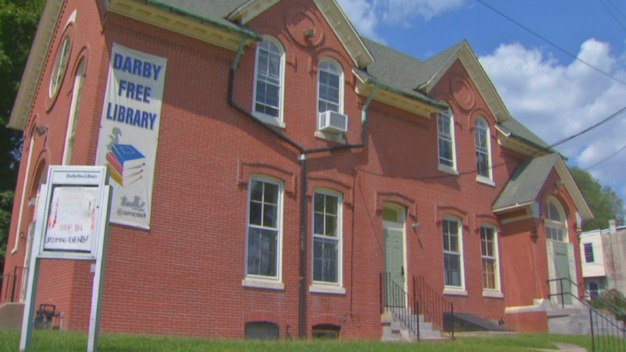 Nation's Oldest Public Library in Danger of Closing