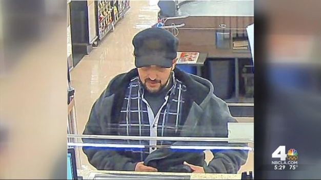 FBI Asks for Help in Finding 'Knuckles Bandit'