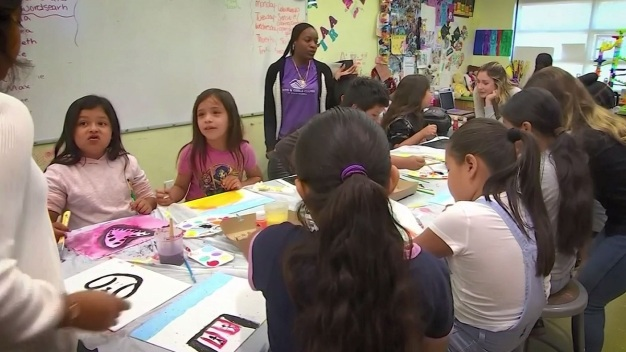 Free Arts LA Helps Children Through Art