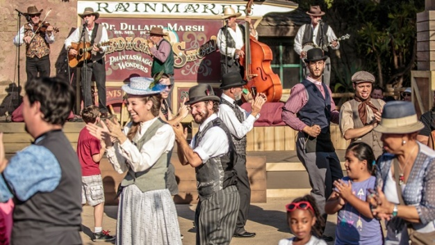 Now Open: Ghost Town Alive! at Knott's