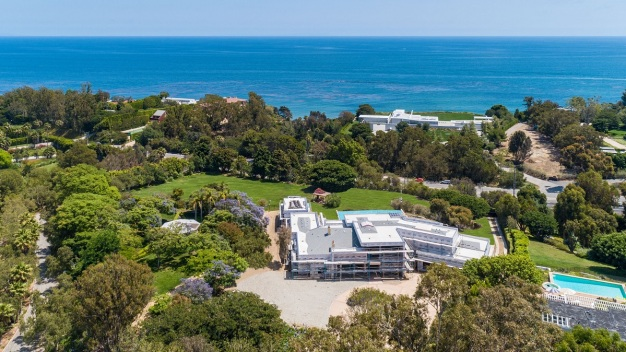 NBA Star's Unfinished Malibu Mansion Lists for $19.9 Million}