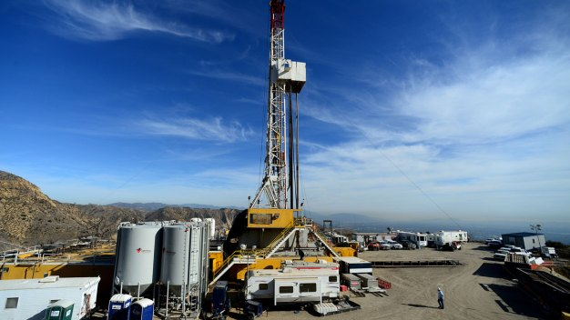 SoCal Gas Asks to Resume Operations a Year After Gas Leak