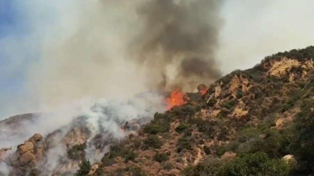 Residents Grab What They Can and Flee Palisades Fire