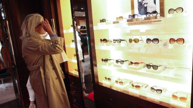 Cheaper & Designer Sunglasses Give Full UV Protection