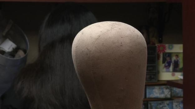Surveillance Video Shows Thieves Stealing Cancer Wigs
