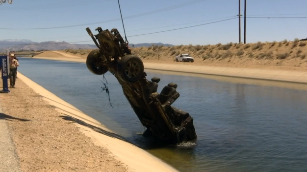 Divers Haul Up Cars Submerged in Hesperia Aqueduct
