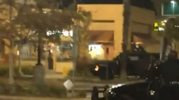 Man Kills Himself at Burbank McDonalds