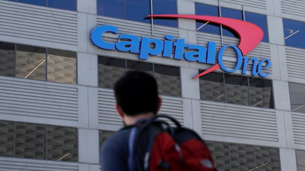 US Wants Woman Accused in Capital One Hack to Stay Locked Up