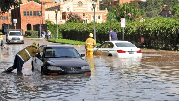 Hundreds of Vehicles Stranded, UCLA Buildings Flooded