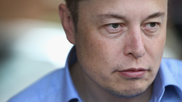 Elon Musk Deletes SpaceX, Tesla and His Own Facebook Pages