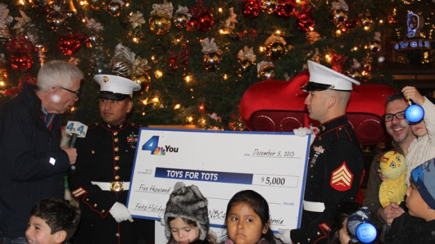 NBC4 Kicks Off Fritz's Holiday Lights and the Spirit of Giving