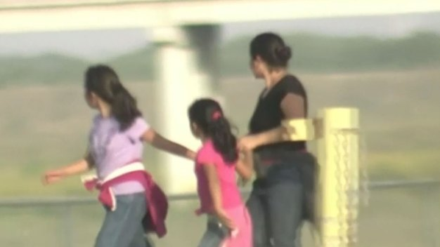 Judge: US Violates Agreement in Detaining Children at Border