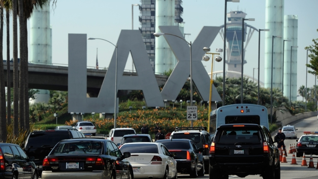 Computer Software Issue Delays Flights at LAX