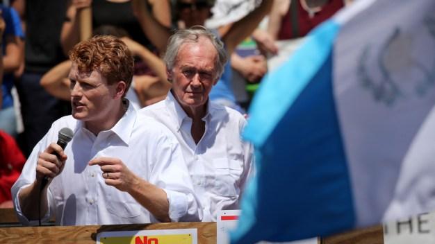 Lawmakers Push Bill to Ban 'Gay and Trans Panic Defense'