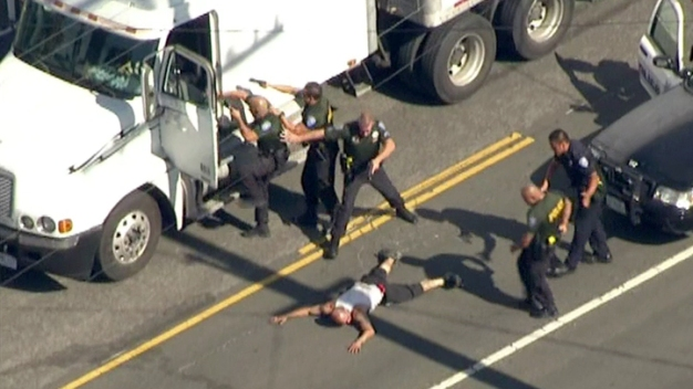 Big Rig Driver Leads Officers on Pursuit in IE