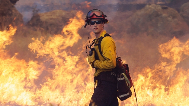 SoCal Edison Faces Lawsuit in 2009 Wildfire