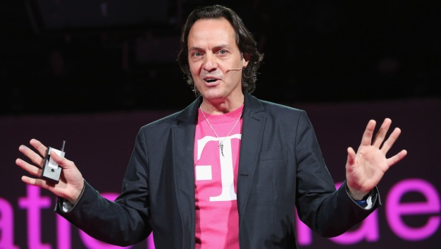 T-Mobile CEO John Legere to Step Down Next Year