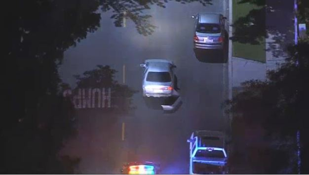 Slow-Moving Pursuit Draws a Crowd of Onlookers