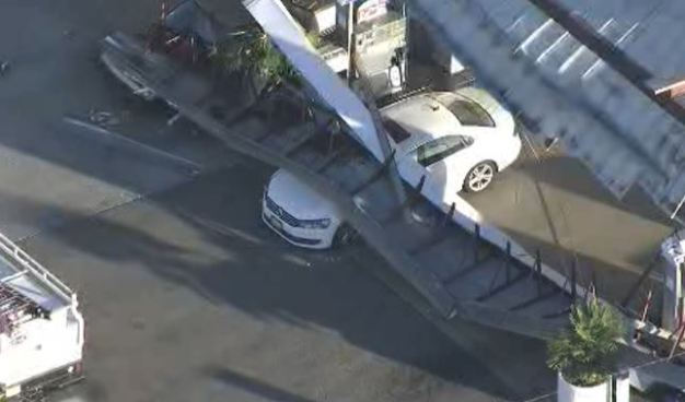 Gas Station Roof Collapses in Torrance